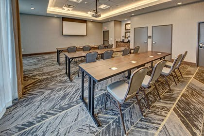 Meeting Room | Hampton Inn & Suites Franklin Berry Farms