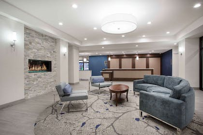 Lobby | Home2 Suites by Hilton Las Vegas City Center