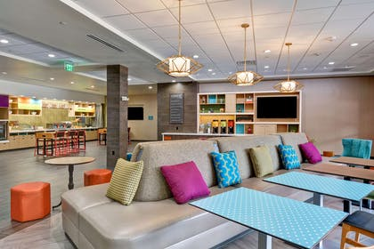 Lobby | Home2 Suites by Hilton OKC Midwest City Tinker AFB