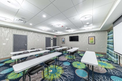 Meeting Room | Hampton Inn & Suites Pryor