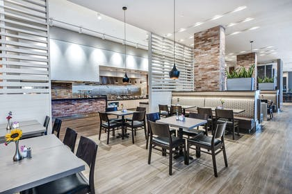 Restaurant   Embassy Suites by Hilton College Station, TX