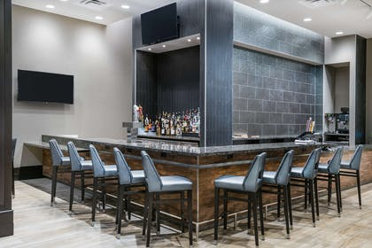 BarLounge   Embassy Suites by Hilton College Station, TX