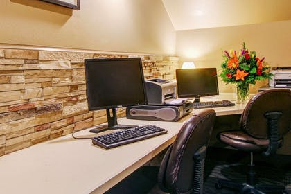 Business center | Clarion Suites Downtown Anchorage