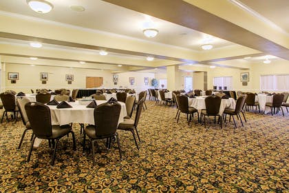 Ballroom | Clarion Suites Downtown Anchorage