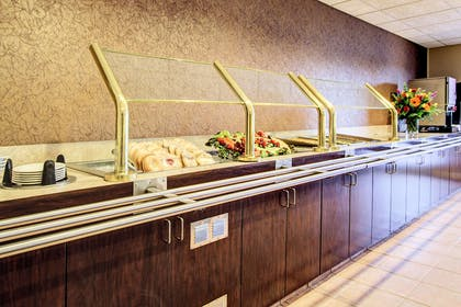 Breakfast bar | Clarion Suites Downtown Anchorage