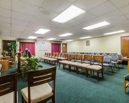 Large space for receptions, parties, anniversaries and business meetings | Quality Inn & Suites near Gunter Annex Air Force Base