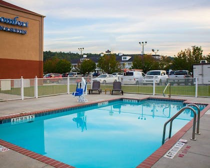 Outdoor pool | Comfort Inn & Suites Trussville I-59 exit 141