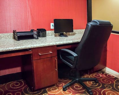 Business center | Comfort Inn & Suites Trussville I-59 exit 141