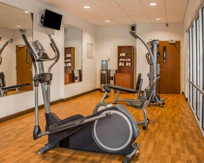 Exercise room | Comfort Suites Huntsville Research Park Area
