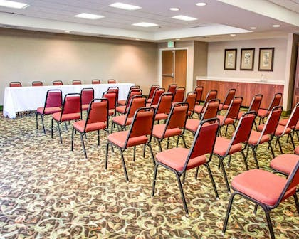 Meeting room with theater-style setup | Comfort Suites Gadsden Attalla
