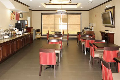 Breakfast area | Comfort Suites Montgomery East Monticello Dr.