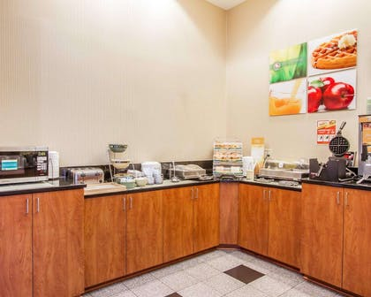 Free breakfast with waffles | Quality Inn & Suites Greenville I-65