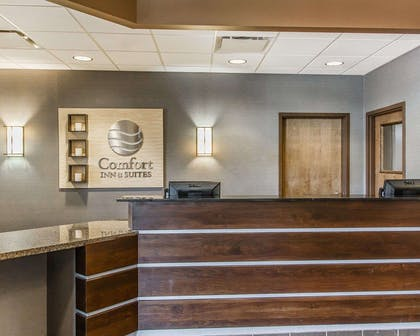 Front desk with friendly staff | Comfort Inn & Suites Scottsboro Highway 72 East