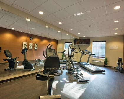 Exercise room | Comfort Inn & Suites Dothan East