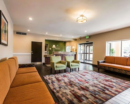 Spacious lobby with sitting area | Quality Inn & Suites Birmingham - Highway 280