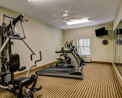 Exercise room with cardio equipment and weights | Comfort Inn & Suites Hot Springs Central