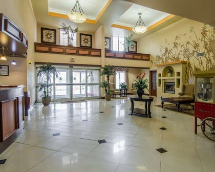 Spacious lobby | Sleep Inn & Suites Springdale West