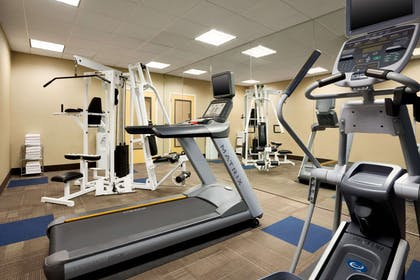 Fitness center | Comfort Inn & Suites Presidential