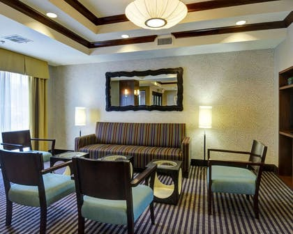 Lobby with sitting area | Comfort Suites Little Rock West