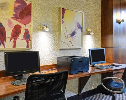 Business center with high-speed Internet access | Comfort Suites Little Rock West