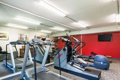 Fitness center | Clarion Inn & Suites Russellville I-40
