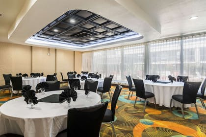 Banquet room | Clarion Inn & Suites Russellville I-40