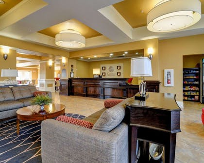 Spacious lobby with sitting area | Comfort Inn & Suites Fort Smith I-540