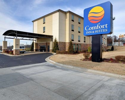 Comfort Inn & Suites hotel in Fort Smith, AR | Comfort Inn & Suites Fort Smith I-540
