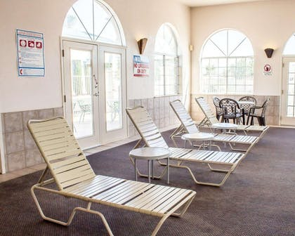 Relax on the sundeck | Quality Inn & Suites Safford - Mt Graham
