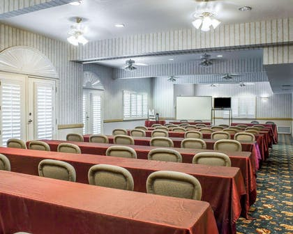 Meeting room with classroom-style setup | Quality Inn & Suites Safford - Mt Graham