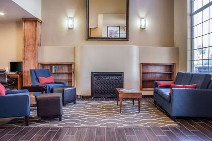Lobby | Comfort Inn & Suites North Glendale - Bell Road