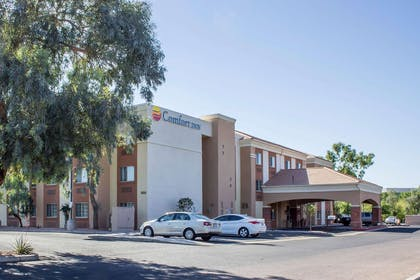 Exterior | Comfort Inn & Suites North Glendale - Bell Road