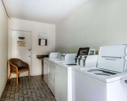 Guest laundry facilities | Rodeway Inn And Suites Flagstaff