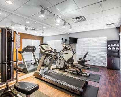 Fitness center with television | Comfort Suites Prescott Vly