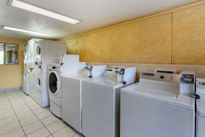 Guest laundry facilities | Quality Inn & Suites Goodyear - Phoenix West