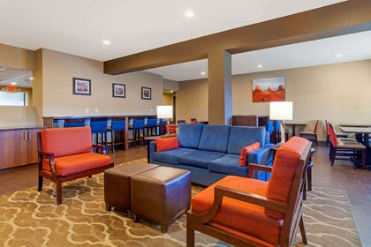 Hotel lobby | Comfort Inn & Suites Page at Lake Powell