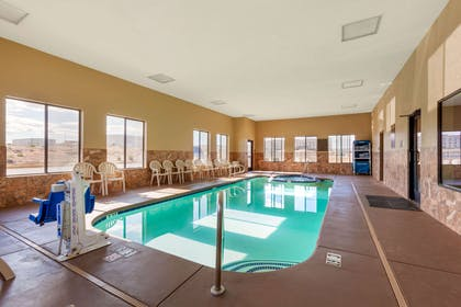 Indoor pool | Comfort Inn & Suites Page at Lake Powell