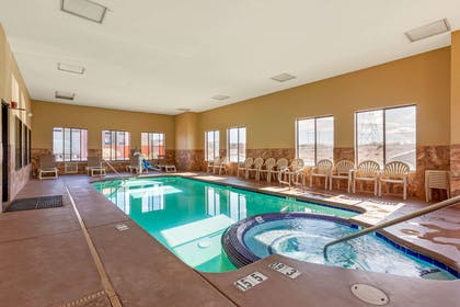 Indoor pool with hot tub | Comfort Inn & Suites Page at Lake Powell