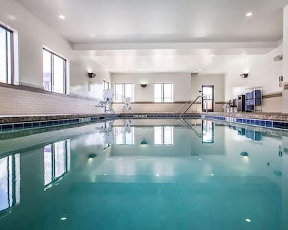 Indoor pool with hot tub | Sleep Inn & Suites Page at Lake Powell