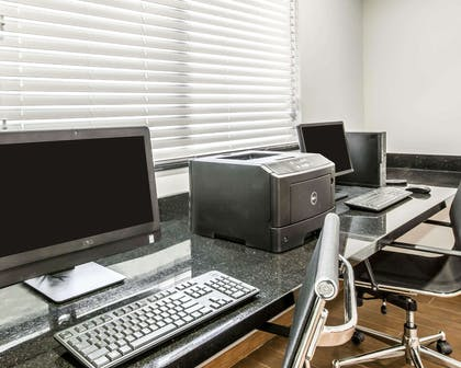 Business center with high-speed Internet access | Sleep Inn & Suites Page at Lake Powell