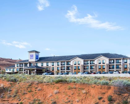 Hotel exterior | Sleep Inn & Suites Page at Lake Powell