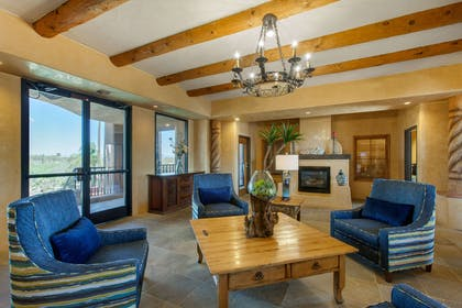 Spacious lobby with sitting area | La Posada Lodge & Casitas, an Ascend Hotel Collection Member