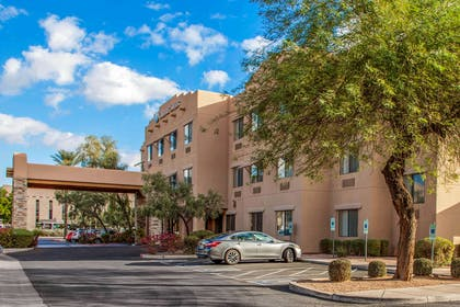 Hotel near popular attractions | Comfort Suites Old Town Scottsdale