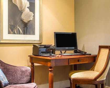 Business center with free wireless Internet access   Villa Montes Hotel, an Ascend Hotel Collection Member