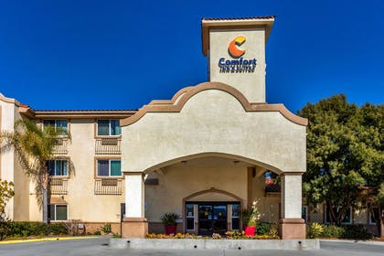 Hotel exterior | Comfort Inn & Suites Murrieta Temecula Wine Country