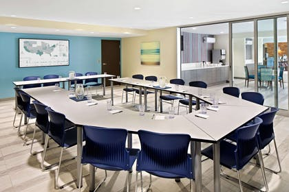 Meeting room   The Cove Hotel, an Ascend Hotel Collection Member