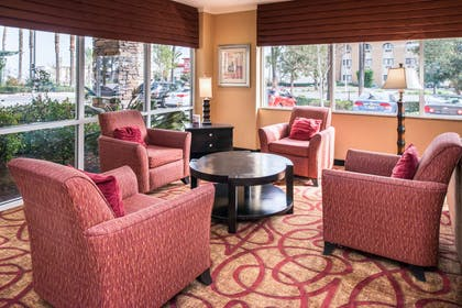Lobby with sitting area   Comfort Suites Ontario Convention Center