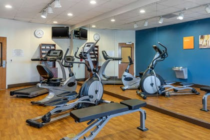 Fitness center   Comfort Suites Barstow near I-15