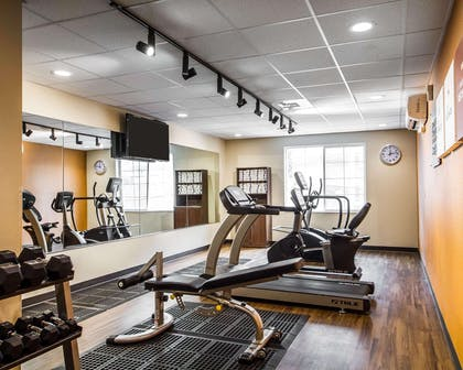 Fitness center with television | Comfort Suites Woodland - Sacramento Airport