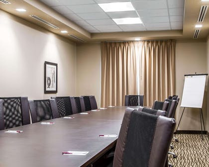 Meeting room with classroom-style setup | Comfort Suites Woodland - Sacramento Airport